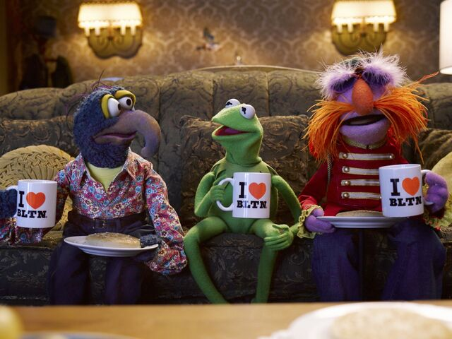 File:Warburtons-Gonzo-Kermit-Floyd.jpeg