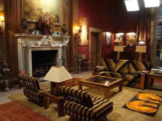 File:Kermit's mansion interior.jpg