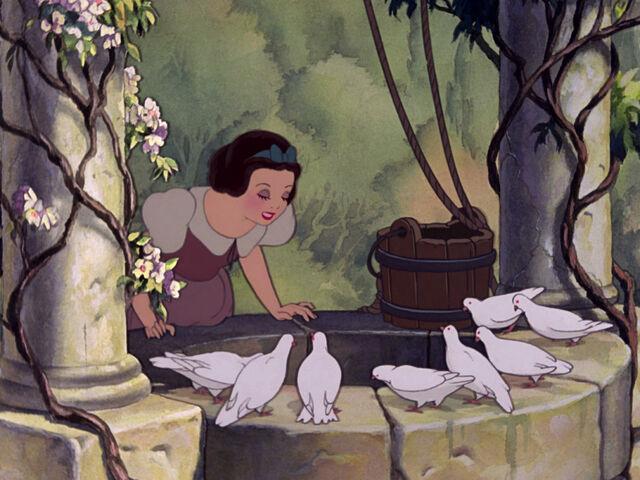 File:Snow-white-disneyscreencaps.com-278.jpg