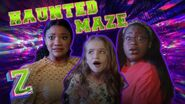 Kylee, Carla & Kingston Take on the Haunted Maze Challenge!💀 ZOMBIES 2 Disney Channel