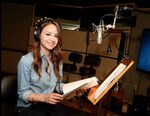 Aimee Carrero behind the scenes EoA