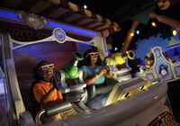 Toy Story Midway Mania! 01