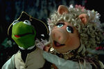 Captain Kermit and Miss Piggy