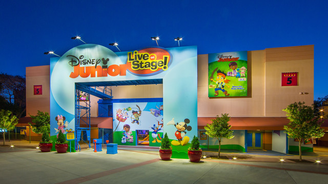 Strange Disney Junior Live On Stage Disney Wiki Fandom Download Free Architecture Designs Scobabritishbridgeorg
