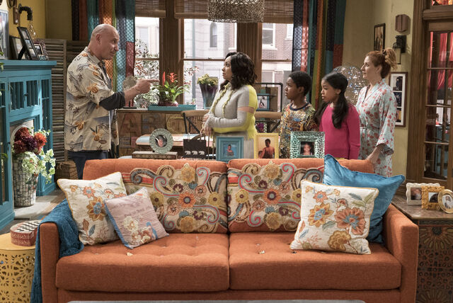 File:Raven's Home - 1x02 - The Baxter's Get Bounced - Raven and Landlord.jpg