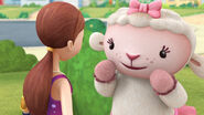 Lambie and dress up daisy
