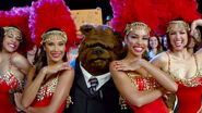 TheMuppets-(2011)-Finale-Bobo&Showgirls