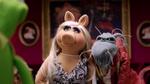 TheMuppets-S01E06-PiggyDeadly