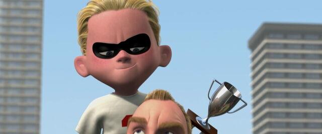 File:Incredibles-disneyscreencaps com-12819.jpg
