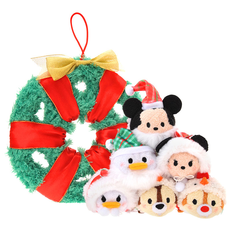 Mickey And Friends Christmas Tsum Collection
