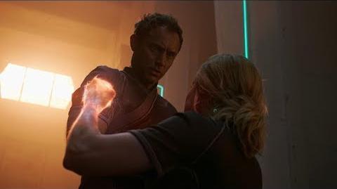 Капитан Марвел – Расскажешь, что тебе снилось?