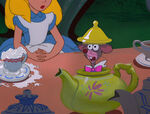 Alice-in-wonderland-disneyscreencaps.com-5324