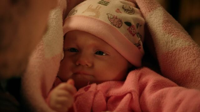 File:Once Upon a Time - 5x20 - Firebird - Baby Hood.jpg
