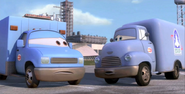 1000px-Moon mater support trucks