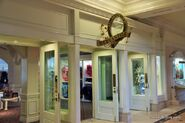 Disney-gift-shop-grand-floridian-resort-walt-disney-world