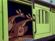 Dumbo-disneyscreencaps.com-350