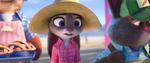 Judy memikirkan pelolong malam