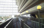 Disneys-contemporary-resort-monorail