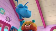 Doc-McStuffins-Season-3-Episode-14-Fetchin--Findo--A-Dragon-s-Best-Friend