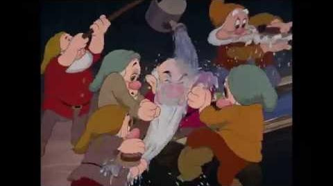 Sneeuwwitje en de Zeven Dwergen Het Badlied Disney NL