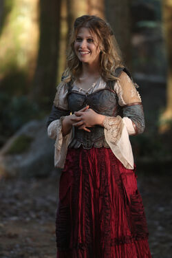 Once Upon a Time - 7x08 - Pretty in Blue - Photography - Alice