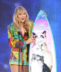 Taylor Swift FOX Teen Choice Awards19