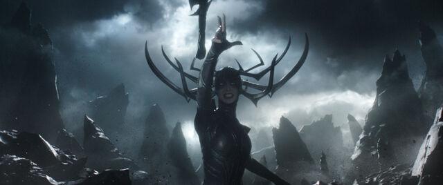 File:Thor Ragnarok 17.jpg