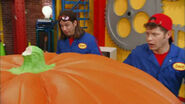 Imagination Movers Big Pumpkin Problem