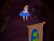 Alice-in-wonderland-disneyscreencaps.com-634