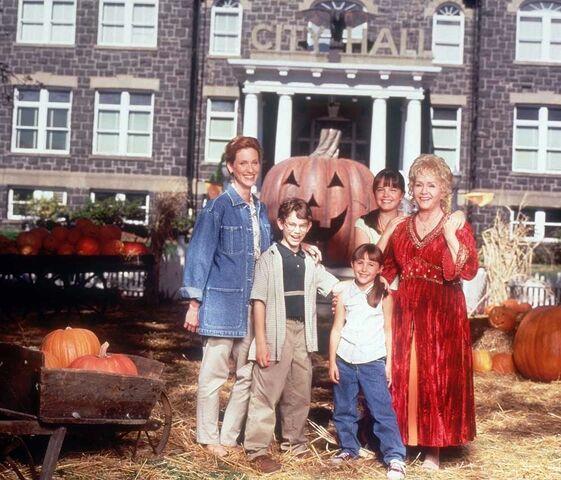 File:Halloweentown-top-10-halloween-movies-for-kids.jpg