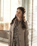 Once Upon a Time - 6x02 - A Bitter Draught - Publicity Images - Belle 2