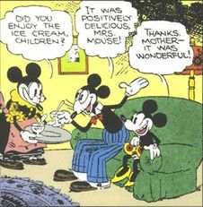 813967-mrs. mouse1