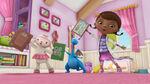 Doc, stuffy and lambie singing