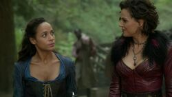 Once Upon a Time - 7x03 - The Garden of Forking Paths - Cinderella and Regina