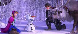 Sven und die anderen treffen Olaf