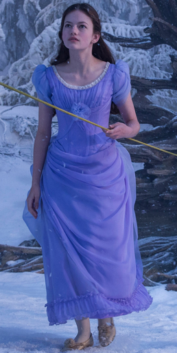 Clara (The Nutcracker and the Four Realms)