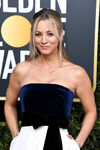 Kaley Cuoco 76th Golden Globes