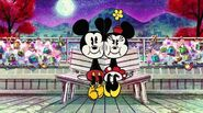 Locked in Love Mickey Mouse (2)