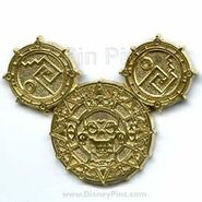 DLR - Pirates of the Caribbean - Golden Mickey Icon Frame Set - Completer Pin