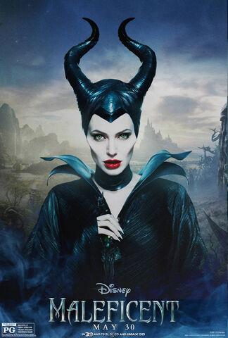 File:Maleficent-(2014)-208.jpg