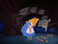 Alice-in-wonderland-disneyscreencaps.com-6169