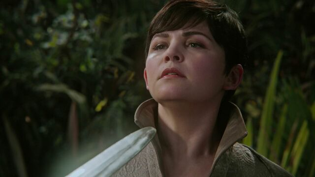 File:Once Upon a Time - 5x04 - The Broken Kingdom - Swordpoint.jpg