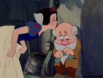 Snow-white-disneyscreencaps.com-7690