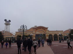 Walt Disney Studios Park entrance