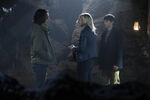 Once Upon a Time - 6x05 - Street Rats - Photography - Aladdin, Emma and Henry 2