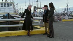 Once Upon a Time - 5x02 - The Price - Emma, Henry and Regina