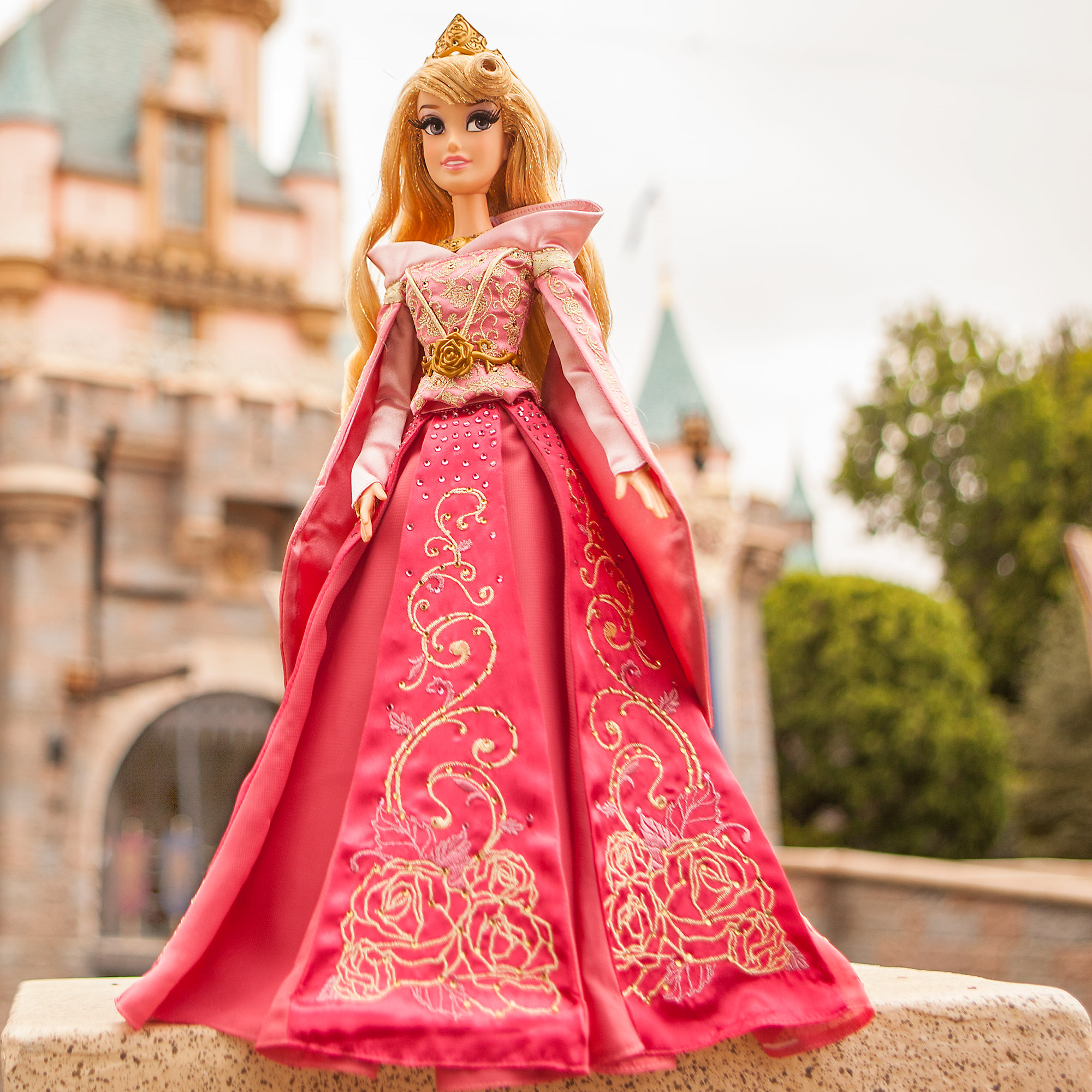 Disney S Limited Edition Sleeping Beauty Doll Png