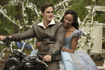 Once Upon a Time - 7x01 - Hyperion Heights - Photography - Henry and Cinderella 2