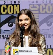 Hailee Steinfeld SDCC