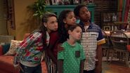 Raven's Home - 1x06 - Adventures in Mommy-Sitting - Sympatheric Faces